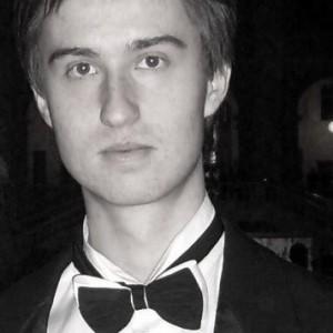 Репетитор-Репетитор по музыке Николай-преподаватель фортепиано