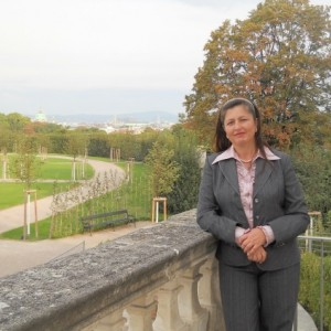 Алла Настас. Няня, массажистка, помощница по дому.