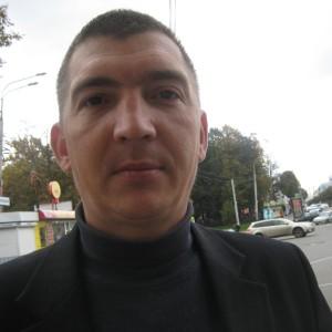 Василий, частный охранник, водитель кат.В